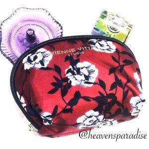 ADRIENNE VITTADINI Sm. Dome Cosmetic Bag Burgundy
